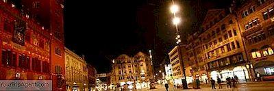 Sebagai Salah Satu Tujuan Wisata Paling Por Di Swiss Basel Memiliki Berbagai Hotel Yang Luar Biasa Untuk Ditawarkan Apakah Anda Mencari Mewah